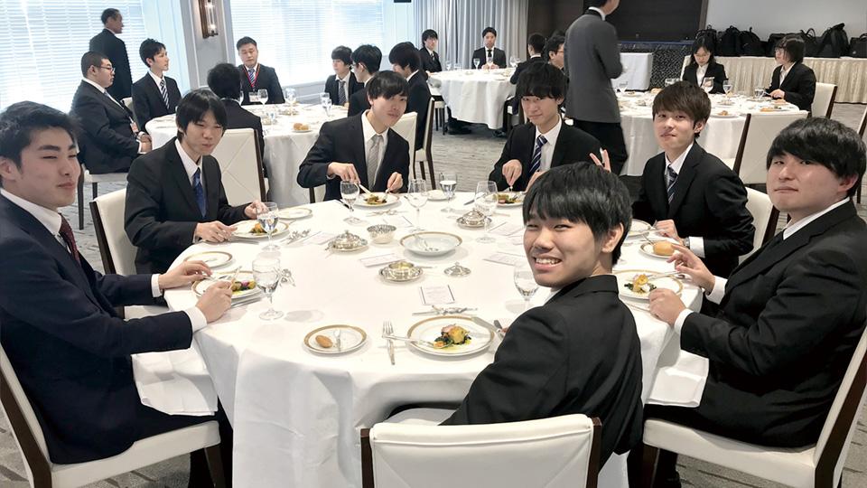テーブルマナー(社会人マナー)